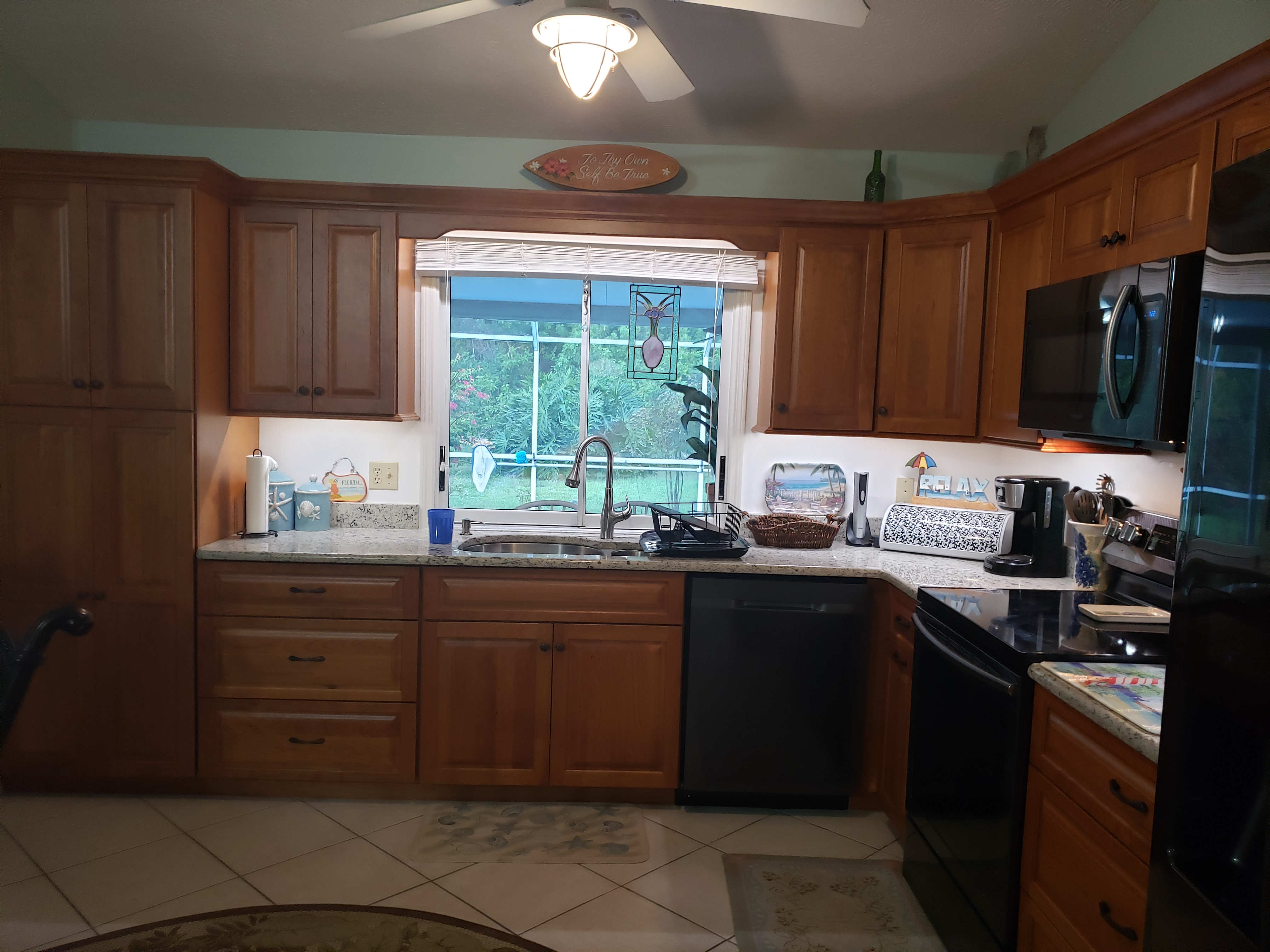 Kitchen Remodeling - Cabinet Installation